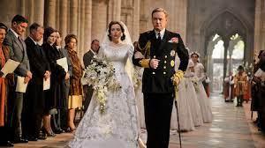Netflix, Binge-watch as per Sunsigns The Crown